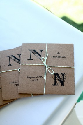 creative-diy-outdoor-wedding-cd-favor