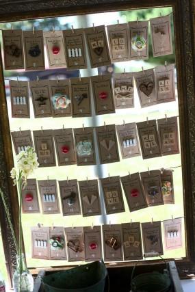 creative-diy-outdoor-wedding-place-cards