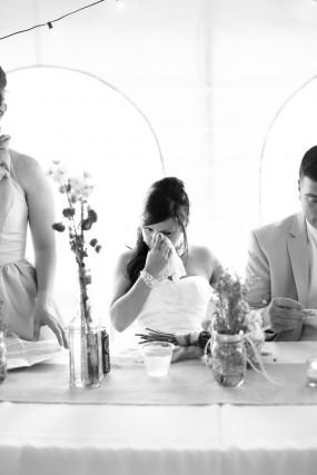 creative-diy-outdoor-wedding-toast