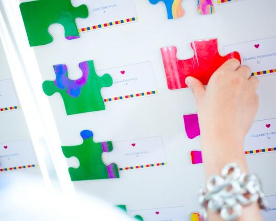 DIY Puzzle Wedding Guestbook