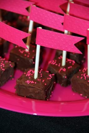 pink-and-black-bridal-shower-dessert-bar-brownie-bites