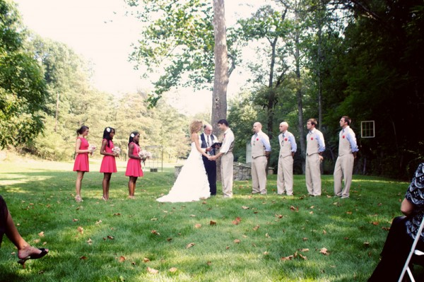 barn-wedding-bridal-party