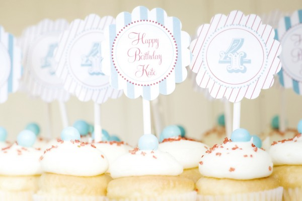 blue-red-carnival-cupcake-toppers