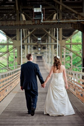 bride-and-groom-bridge