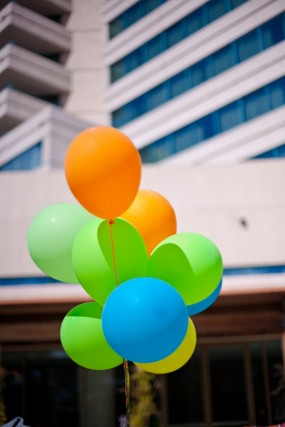 colorful-birthday-party-balloons