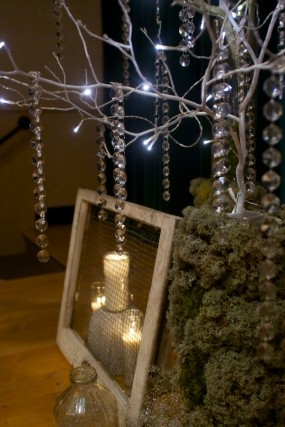 crystal-tree-reception-decor