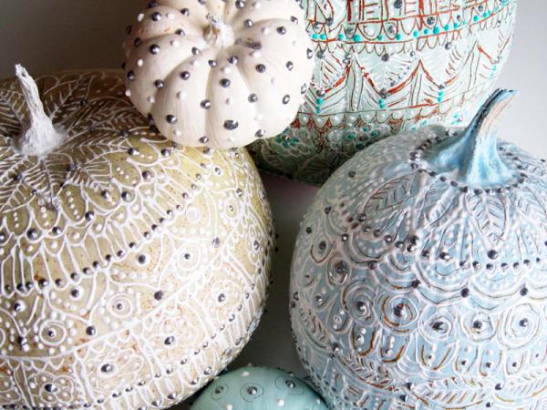 pastel-painted-pumpkins