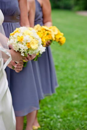 yellow-bridal-bouquets