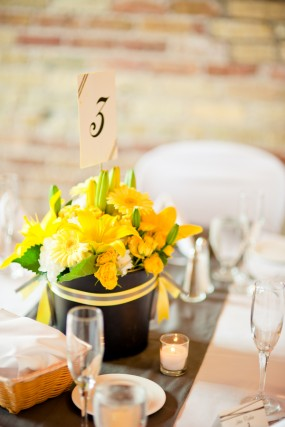yellow-flower-centerpiece