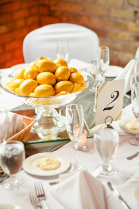 yellow-lemon-centerpiece