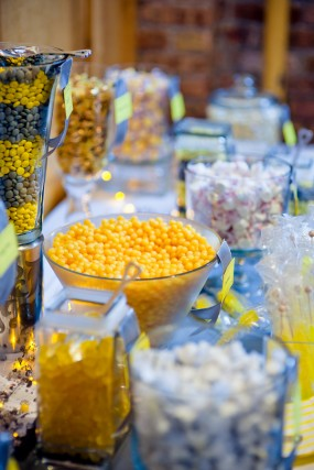 yellow-wedding-candy-bar
