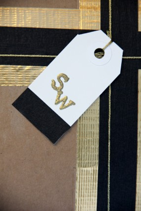 diy-embossed-holiday-gift-tags
