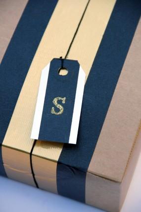 diy-masking-tape-gift-tags