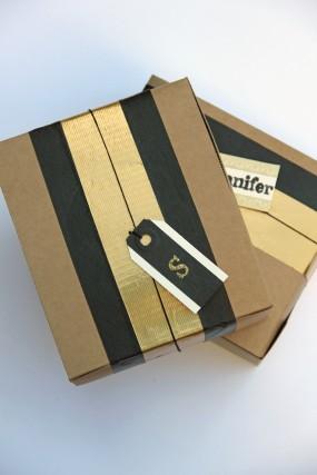 diy-tape-gift-wrap