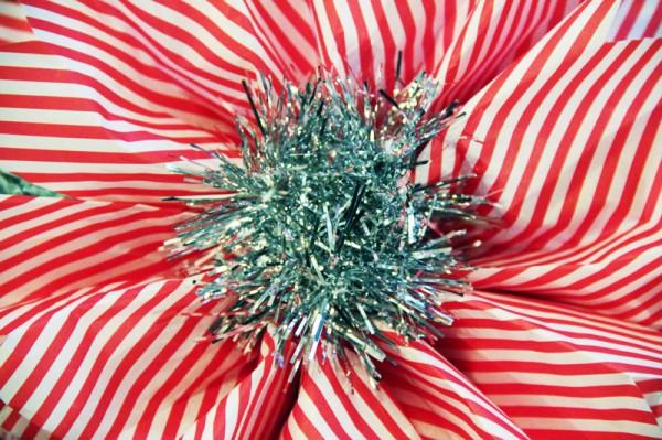 diy-tinsel-paper-flowers