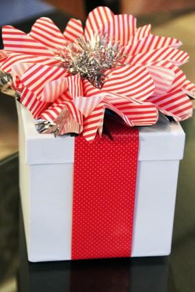 last-minute-diy-christmas-gift-wrap