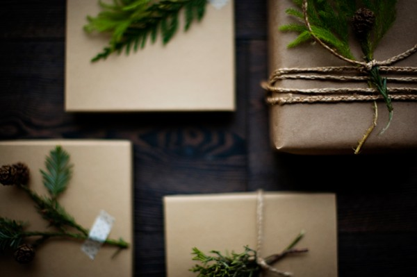 rustic-holiday-gift-wrap