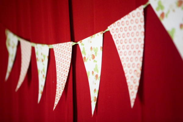 strawberry-birthday-party-bunting