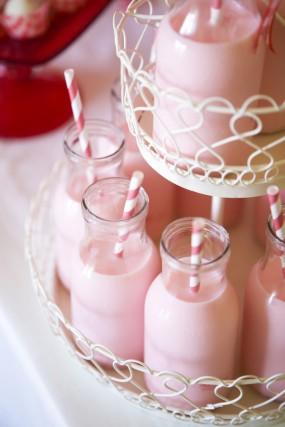 strawberry-birthday-party-strawberry-milk