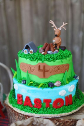 camping-birthday-cake