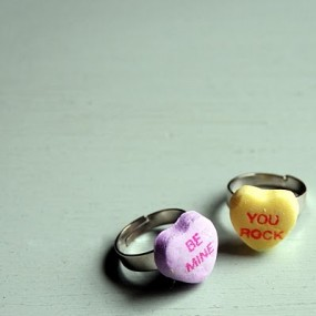 candy-heart-ring