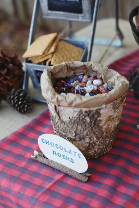 diy-camping-party-chocolate-rocks