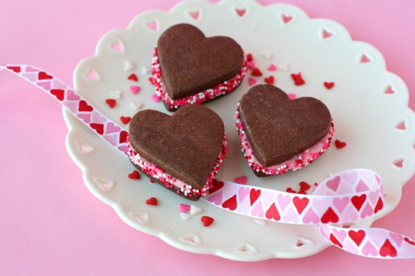 heart-cookie-sandwiches