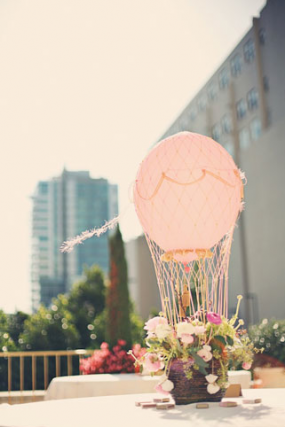 hot-air-balloons-centerpiece