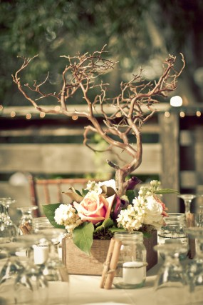 rustic-tree-centerpieces