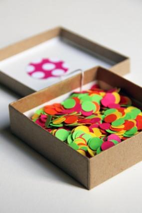 confetti-birthday-invitation-in-a-box