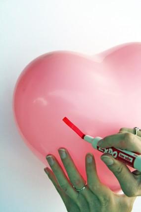 conversation-heart-balloons
