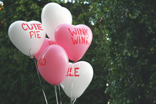 diy-heart-balloons