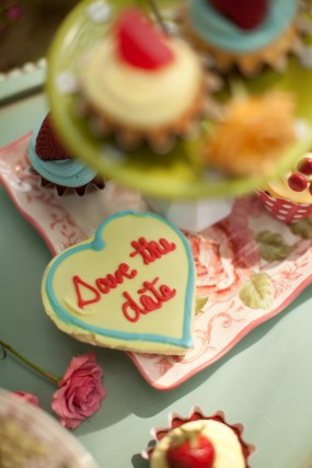 heart-cookie-save-the-date