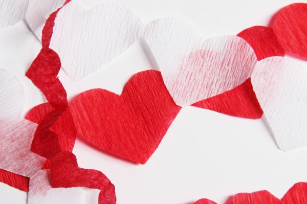 red-heart-streamers