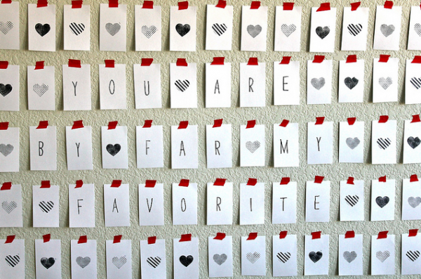 valentines-day-heart-wall-you-are-my-fave