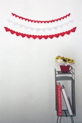 valentines-day-streamer-craft