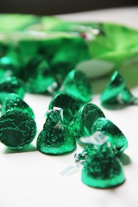 green-hershey-kisses