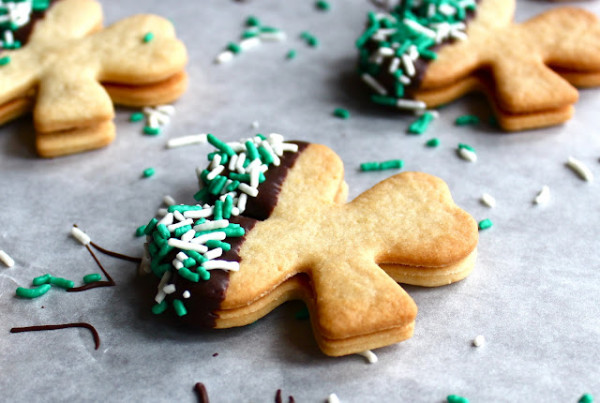 shamrock-baileys-cookies