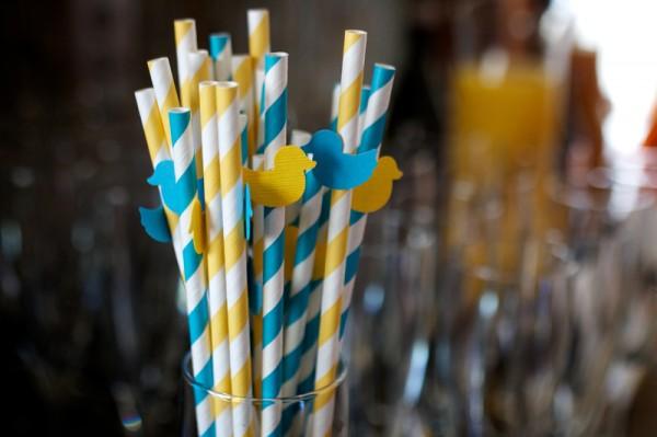 duck-stripey-paper-straws