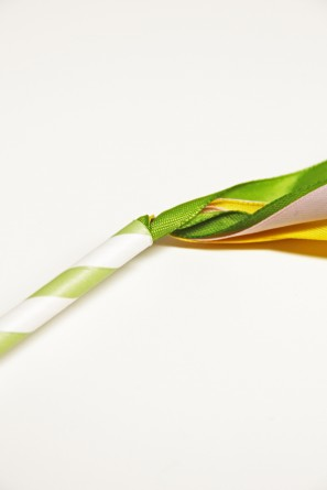 paper-straw-mini-may-pole