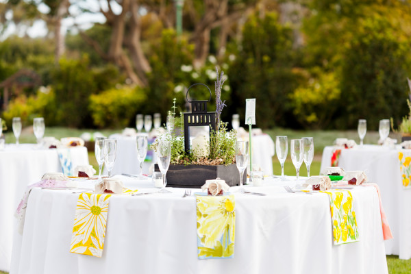 vintage-vera-napkins-offbeat-diy-spring-inspired-california-wedding