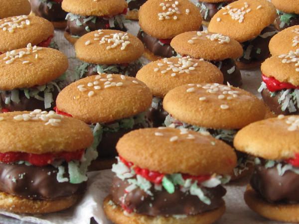 burger-cookies