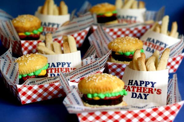 burger-cupcakes