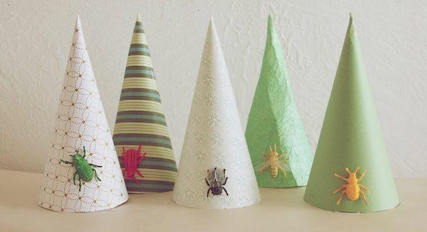 diy-bug-party-hats