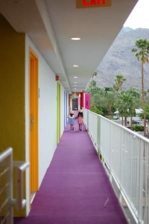 rainbow-hotel-diy-birthday-party