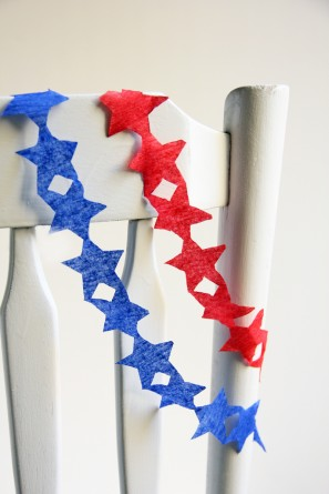 Fourth of July DIY Star Streamer Garland