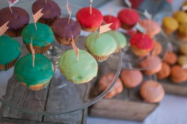 paint-splattered-cupcakes