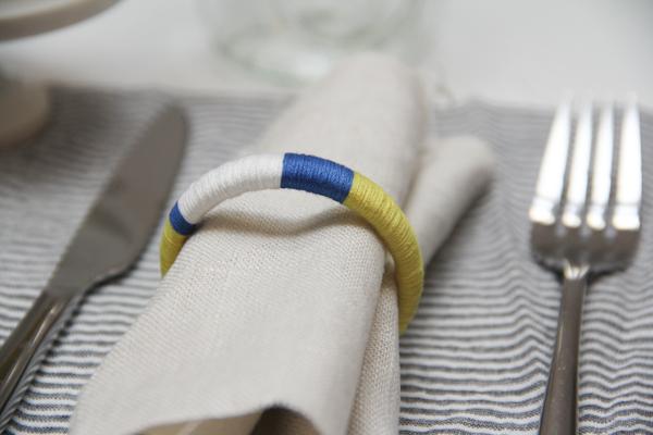 yarn-wrapped-napkin-ring