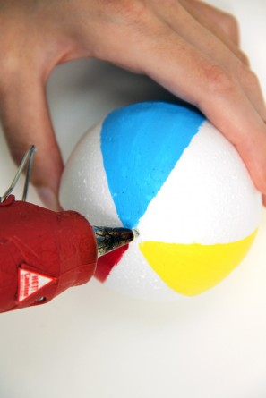 Make a Beach Ball Garland