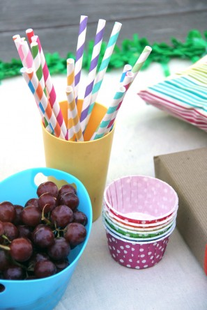 DIY Rainbow Birthday Party Food Table